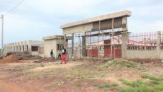 Marché d'Elavagnon en construction dans la Préfecture de l'Est – Mono (Région des Plateaux)